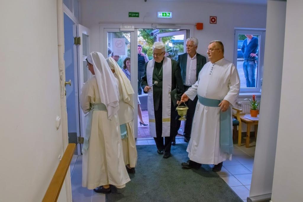 Felújították a premontrei nővérek által működtetett zsámbéki ...