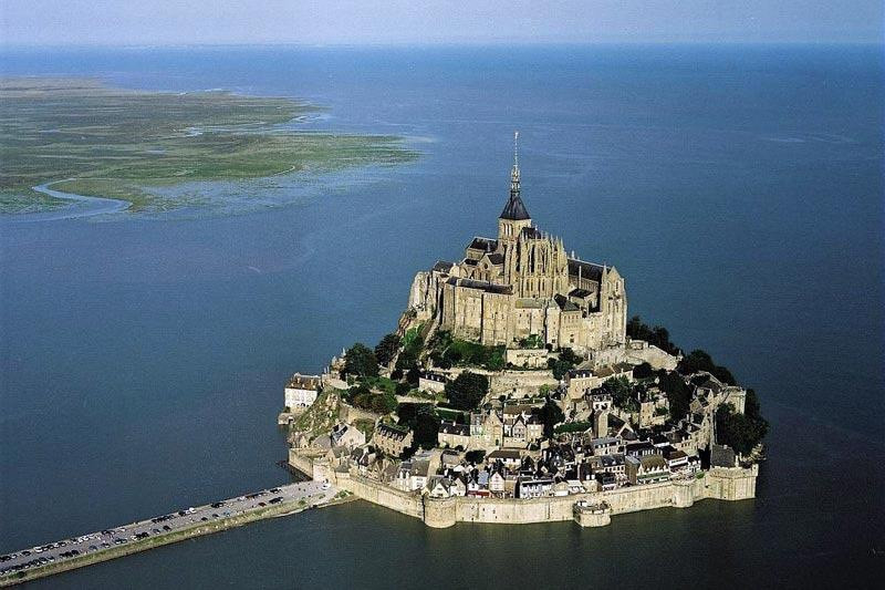 Mont-Saint-Michel (Normandia)