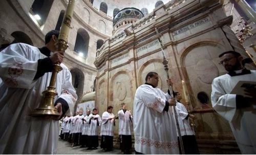 A szentföldi keresztény vezetők szerint Izrael korlátozza az …