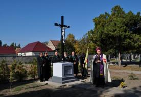 Háborúban elesett katonák emlékére állított keresztet újítottak fel Nagybecskereken