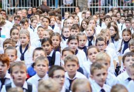 Eljött a nagy nap – jubileumot ünnepelt a Szent János Apostol Katolikus Általános Iskola és Óvoda