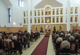 Megáldották a szikszói görögkatolikus templom új ikonosztázionját