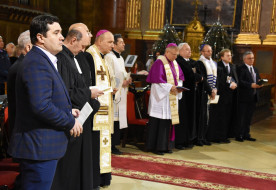 Három nyelven imádkozták a Miatyánkot a ökumenikus imahét megnyitóján Nagyváradon