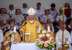 Szent Anna-búcsút ünnepeltek Balassagyarmaton Palánki Ferenc megyéspüspökkel