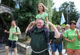 Fenntartható vágyaink legyenek! – Zöld zarándoklatot szervezett Böjte Csaba