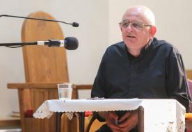 Az ima nem program, nem feladat, amit teljesítenünk kell – Varga László püspök nyári lelkigyakorlata