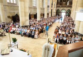 """""""Anyám, mondj el értem egy imát"""" – A Szent Mónika közösség budapesti találkozója"""