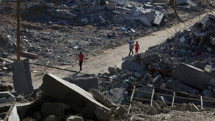 A Palesztin Felszabadítási Szervezet főtitkára felhívta Gallagher érseket
