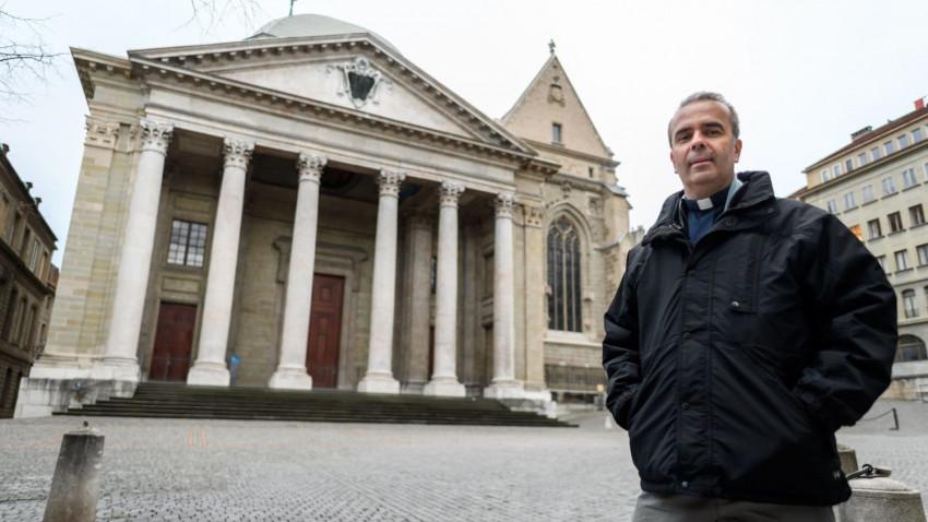 Genfben katolikusok, protestánsok és zsidók kérik az istentiszteleti helyek újranyitását