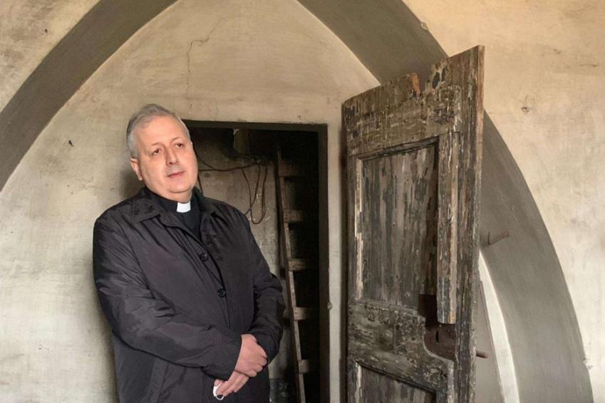 Egy római templom padlása őrzi a náci megszállás alatt ott bújtatott zsidó gyerekek emlékét
