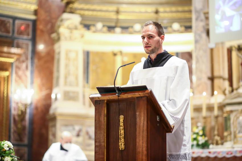 Párbeszéd a liturgiáról: Miért olvassuk az Ószövetséget a liturgián?