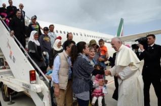 A Szent Egyed közösség örömmel fogadta be a Ferenc pápával érkezett menekülteket
