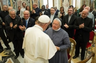 Ferenc pápa a Don Orione Kongregáció tagjaival találkozott