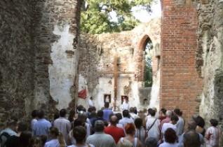 Mária Magdolna-búcsút ünnepeltek a salföldi pálos kolostorromnál