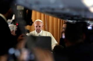 Ferenc pápa: Ne féljünk kimondani az igazságot: a világ háborúban áll!