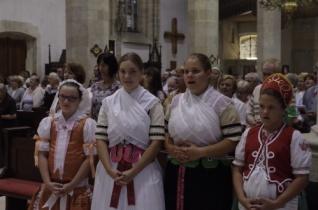 Szentmisével ünnepelték István királyt a pozsonyi dómban