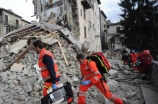 Indulásra kész a Katolikus Karitász speciális mentőegysége Olaszországba