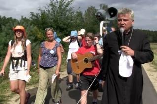 Ferenc pápa fedezi egy szíriai menedékkérő lengyelországi szállásköltségeit