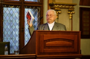 Ökumené: hosszú út áll még előttünk – Szabó Ferenc előadása Pázmány Péter megigazulástanáról