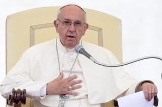 Ferenc pápa: Gondolkodjunk, mit tudunk tenni a menekültekért, a bevándorlókért!