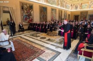 Ferenc pápa: Le kell győzni az emberkereskedelmet!