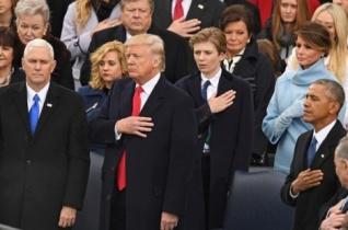Ferenc pápa köszöntötte az új amerikai elnököt beiktatása alkalmából