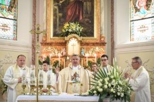 Megáldották a felújított agyagosszergényi templomot a Szent László-búcsún