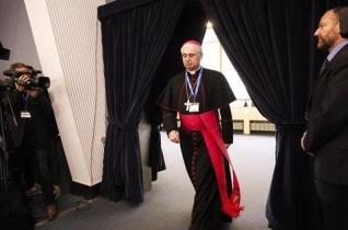 Olasz egyetemi küldöttség Matteo Ricci jezsuita misszionárius nyomában
