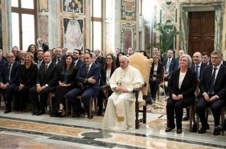 Ferenc pápa a maffiaellenes harcról: Új közösségi lelkiismeretre van szükség!