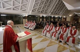 Ferenc pápa: Ne alakítsuk a hitet ideológiává!