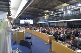 Ferenc pápa a FAO székházában: A szeretet szó legyen része a nemzetközi együttműködés nyelvezetének