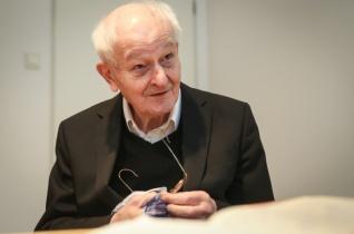 A Gondviselés, az Úristen irányította a sorsomat – Köszöntjük a 85 éves Jelenits Istvánt