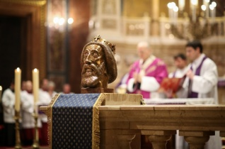 Hit, nagylelkűség, önfeláldozó bátorság, hazaszeretet – Erdő Péter zárta a Szent László-évet