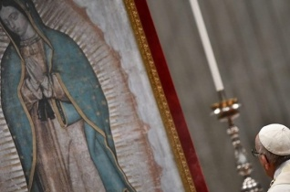 Ferenc pápa a Guadalupei Szűzanya ünnepén: Védjük meg népeinket az ideológiai gyarmatosítástól!