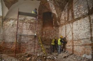 Folytatódik a nagyváradi püspöki palota felújítása
