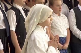 Jubileumát ünnepelte a tatabányai Szent Margit Általános Iskola