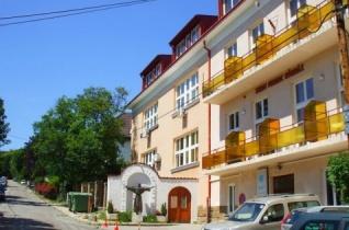 Ingyenes tanfolyamot hirdet az otthonápolásról a budai Szent Ferenc-kórház