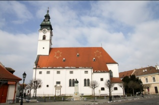 Süteménysütő versenyt hirdet a jubileumát ünneplő mosonmagyaróvári Szent Gotthárd-plébánia