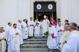 Ünnep Komáromban: a Szent András templomot Basilica minor rangra emelték