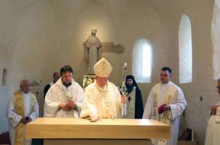 Újraszentelték a 600 éves római katolikus templomot Máriapócson