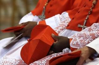 Ferenc pápa új bíborosokat nevez ki június 29-én