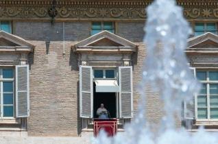 Ferenc pápa: Az életszentség nem kevesek kiváltsága, hanem mindenki hivatása!