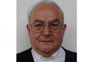 Elhunyt Máthé Ferenc nyugalmazott plébános