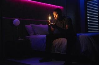 """Takaréklángon – A """"Fahrenheit 451"""" új adaptációjáról"""