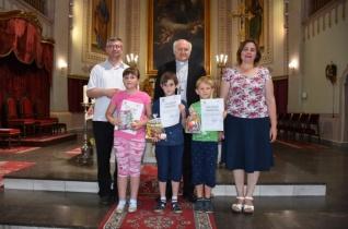 Átadták a Nagybecskereki Egyházmegye rajz- és tudósítópályázatának díjait