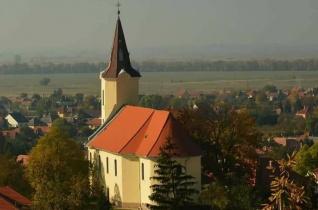 """""""Jó dolog nekünk Krisztushoz tartozni"""" – Megáldották a felújított tarcali templomot és plébániát"""