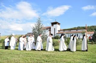 Kármelhegyi Boldogasszony-búcsút ünnepeltek a marosszentgyörgyi kármelita kolostorban