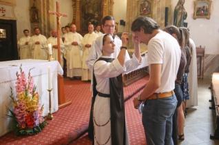 Varga László püspök mutatott be szentmisét a homokkomáromi lelkigyakorlatos táborban