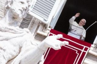 Ferenc pápa: Isten a teljes embert akarja megmenteni