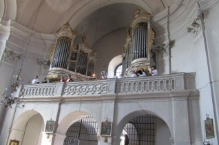 Búcsút ünnepeltek az erdélyi Erzsébetváros örmény templomában